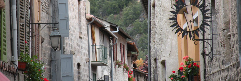 Villefranche de Conflent - Les 4 Clous Asso des Commerçants